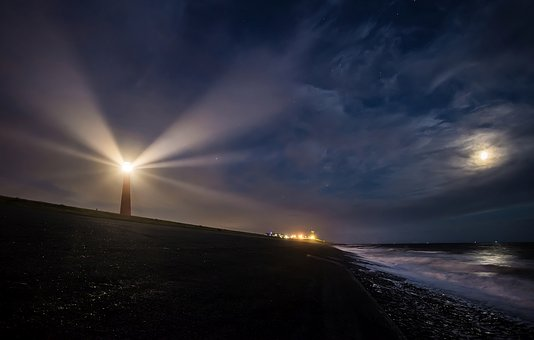 lighthouse-2611199__340